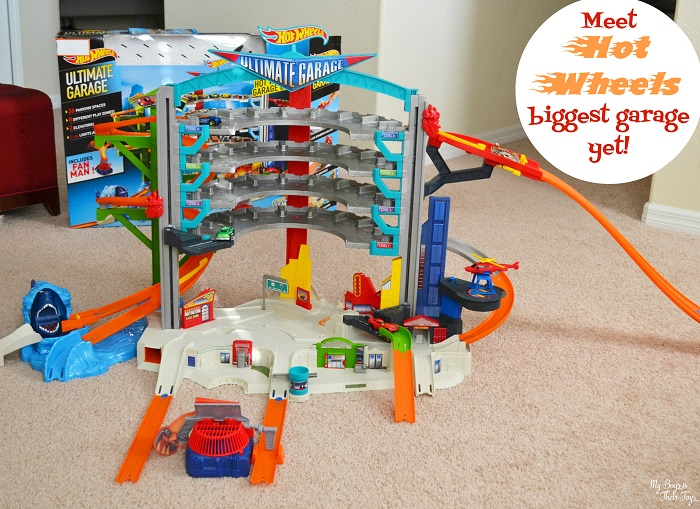 Toy Garages For Boys : Check out the hot wheels ultimate toy car garage play