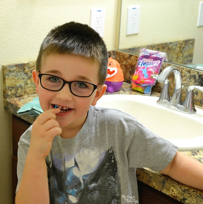 Introduce Kids To Flossing With Plackers 174 Flossers