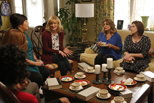 """THE REAL O'NEALS - """"The Real Book Club"""" - TUESDAY, APRIL 19 (8:30-9:00 p.m. EDT), on the ABC Television Network. (ABC/Vivian Zink)"""