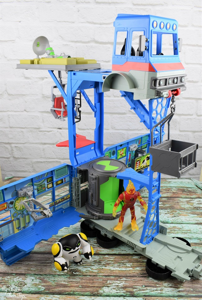3 story toy