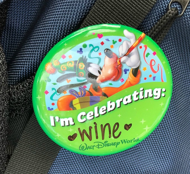 food and wine button